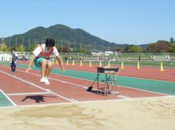 走り幅跳び片山.jpgのサムネール画像